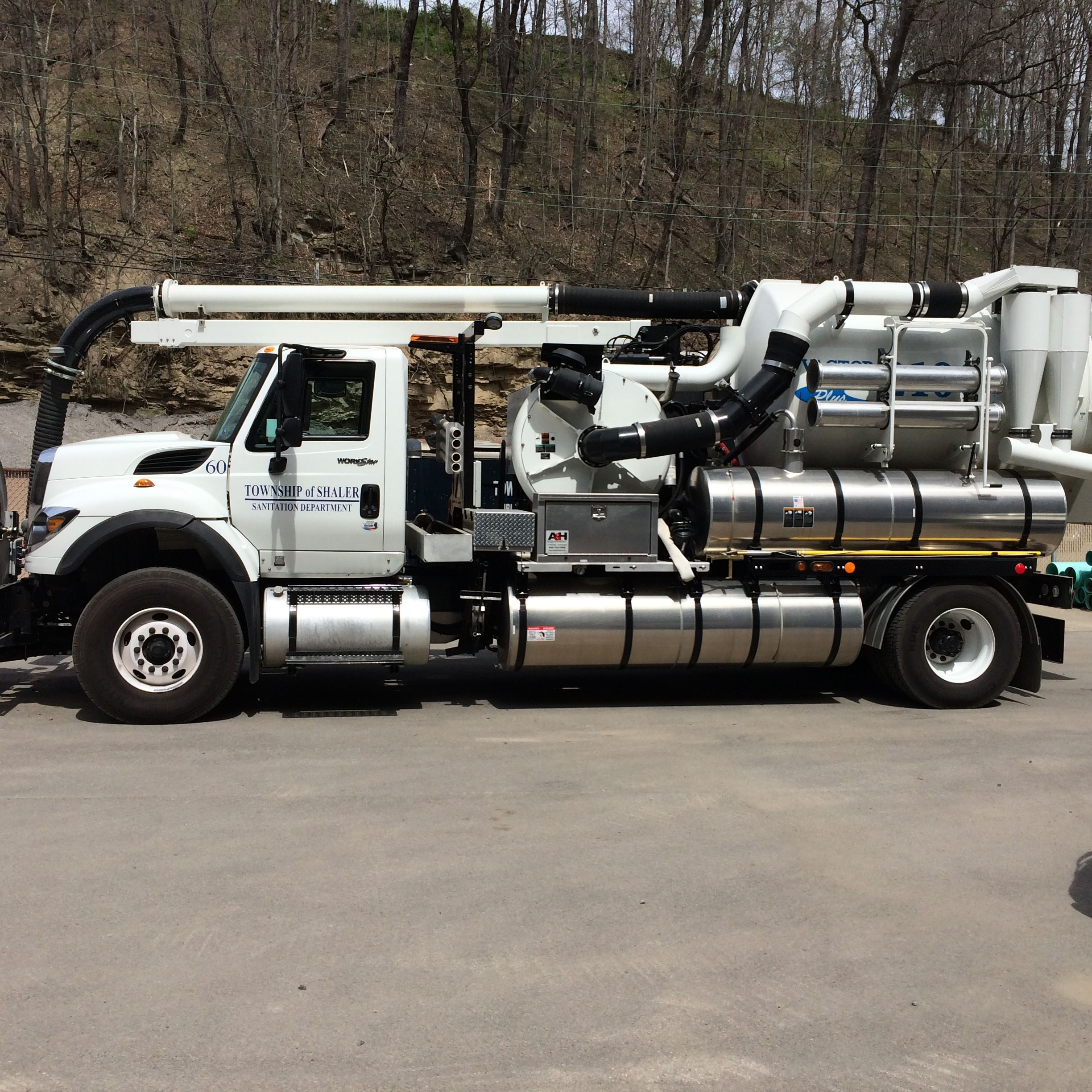 Sanitary Sewer Jet Truck